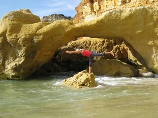 Yoga der Elemente – praktiziere an faszinierenden Naturschauplätzen!