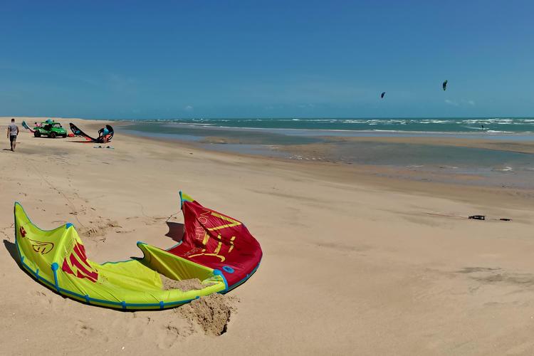 Kitesurfen lernen in Brasilien: 4 Tage inklusive Ausrüstung und Privatunterricht