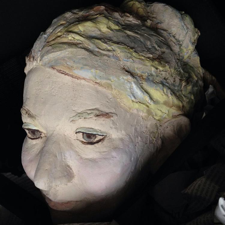 Portraitmodellieren intensiv und in Farbe - Kunstwoche im Tessin