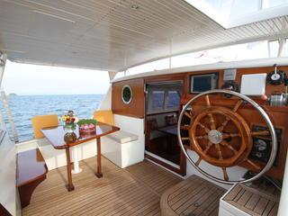 Retreaturlaub reisefieber reisen gmbh myanmar segeltoern im mergui archipel entlang der westkueste mit der meta iv