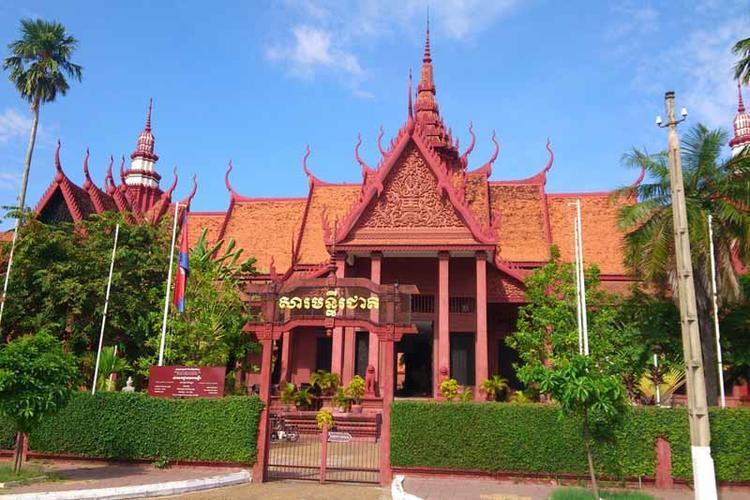 Radreise durch Kambodscha: Von Angkor über Phnom Penh zur Küste