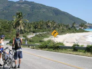 Dominikanische Republik: Biken im Karibik-Paradies