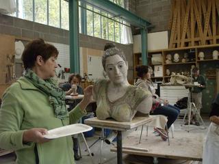 Retreaturlaub bildhauerschule peccia portraitmodellieren intensiv und in farbe kunstwoche im tessin