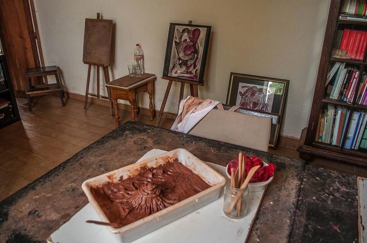 Retreaturlaub arte terapia lanzarote maskenbau maskenspiel kunsttherapie workshop auf lanzarote