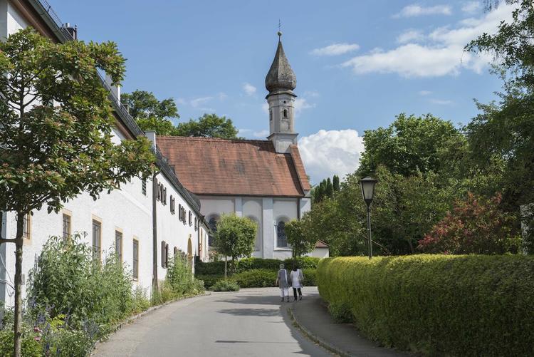 Abbau von Stress, Malen und Zeichnen im Kloster Bernried am Starnberger See