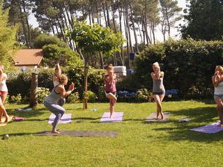 Retreaturlaub yoga delight yoga und surfen an der unendlichen kueste frankreich 17 bis 24 juni 2017