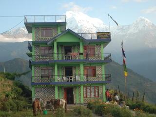 Retreaturlaub reisefieber reisen gmbh nepal trekking pokhara ghandruk trek entspannung und entschleunigung rund ums annapurna massiv