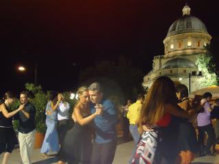 Tango-Argentino-Retreat für Anfänger in Umbrien - 8 Tage Intensivkurs