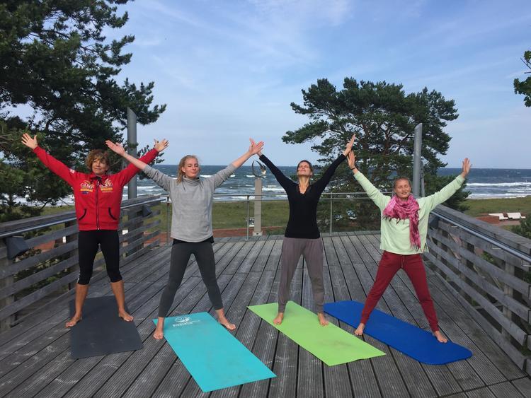 Retreaturlaub yogamar ruegen yoga stille retreat auf der insel ruegen mit yogamar