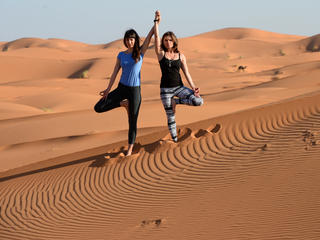 Retreaturlaub nosade 10 tage sahara desert yoga retreat in marokko