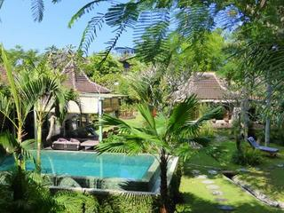 8 Tage Culinary Bali Retreat: Yoga, Gourmet Raw Food, Surfing & mehr