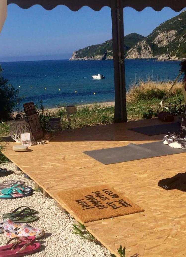 Yoga Urlaub Korfu mit Licht & Yin Yoga am Meer