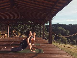 Retreaturlaub doux yoga autumn breeze yoga retreat