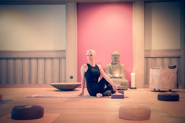 "Flowyglow Yoga Retreat ""Breathe the Love & Feel the Freedom"" - (Vinyasa Flow im Biohotel Sturm)"
