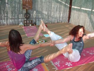 Retreaturlaub om shanti yoga healing crete 8 tage yin yang yoga yoga ferien der sonne des mondes om shanti yoga heilung kreta
