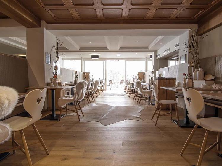Retreaturlaub yoga meets you 5 tage yoga meditation 4 superior hotel wellness wandern e bike in vorarlberg oesterreich