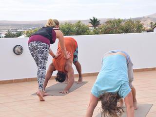 Retreaturlaub lesano 8 tage lesano yoga retreat fuerteventura yoga und zertifiziertes funktionelles training