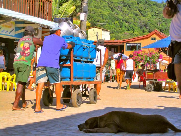 Retreaturlaub trippin through dimensions trippen auf der ilha grande 2019 27 6 5 6 7 schwitzen erfrischen und den alltag vergessen