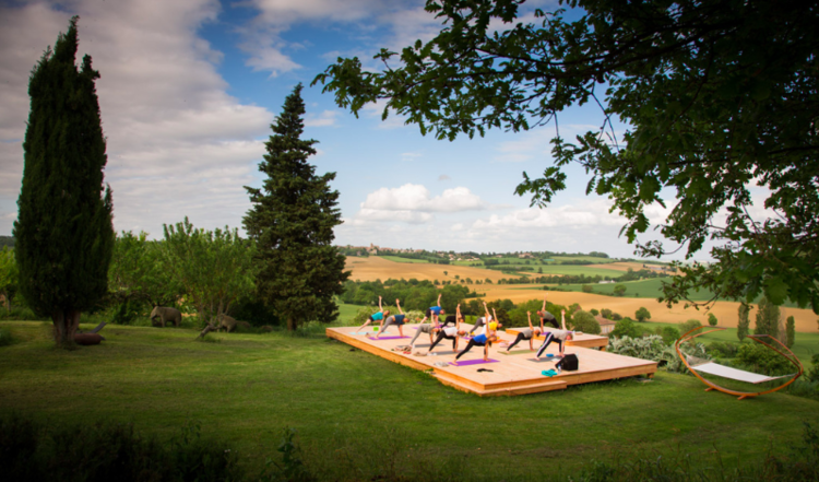 Retreaturlaub chez zen holistic retreats 7 days winter solstice meets egyptian alchemy yoga retreat in midi pyrenees france