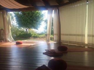 Retreaturlaub therapiepraxis ulrike poerschke yoga und malen auf sardinien
