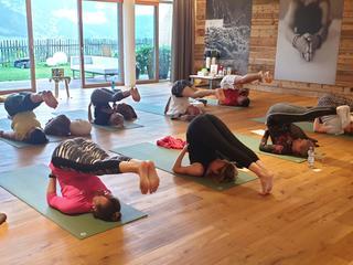 Yoga, Meditation, Berge & Natur. Luxushotel DAS.GOLDBERG im Gasteinertal, Österreich