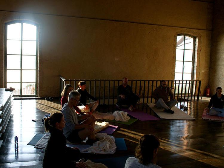 Retreaturlaub filippig cordes gbr svenja cordes filippig marco filippig das leben ist schoen 7 tage yoga kultur genuss retreat in der toskana