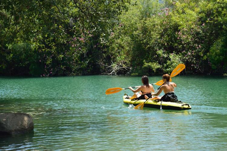 Retreaturlaub yaban travel frauenurlaub mit yoga wellness natur in spanien herbstferien andalusien
