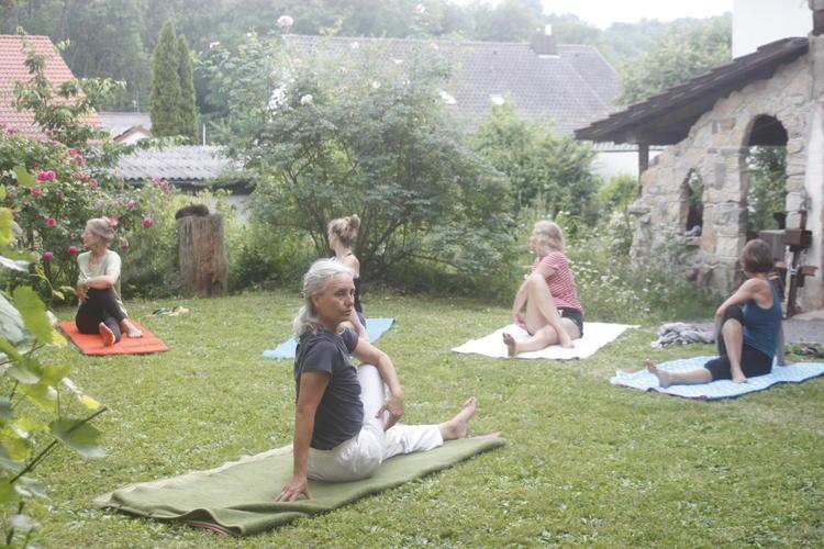 Retreaturlaub claudia und hans peter fritsche individuelles yoga retreat im naturpark stromberg liegt zwischen stuttgart heilbronn u karlsruhe