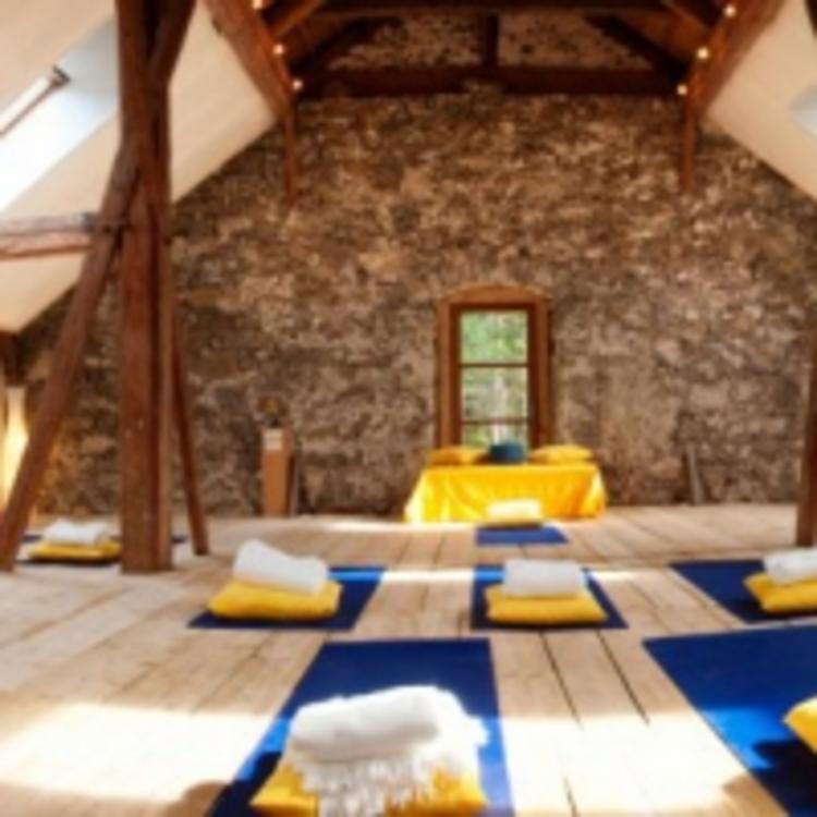 Retreaturlaub live test alexander kamphorst 4 taegiges yoga seminar sein in liebe im wunderschoenen alpenretreat am fernpass in tirol