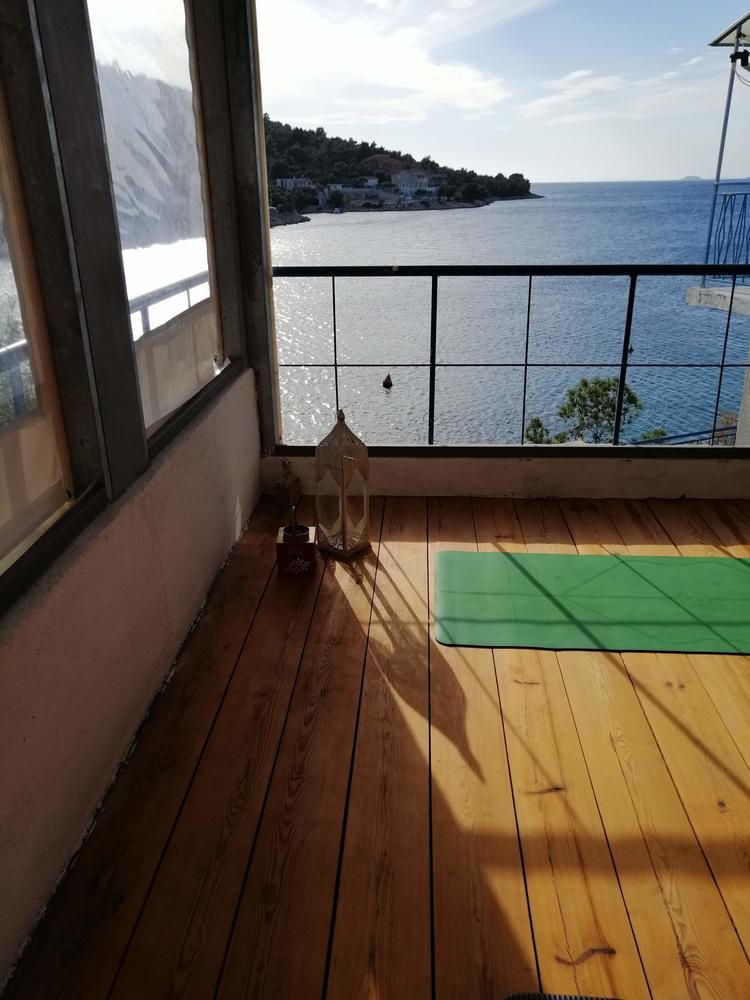 Retreaturlaub yoga sub art rejuvenate your body mind 5 tage yoga urlaub mit katarina pelivan