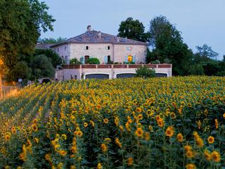 Endlich raus und durchatmen! 4 und 5 Tage Yoga & Cuisine im Château von Montgaillard bei Toulouse