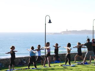 Yoga und Surf Urlaub Andalusien