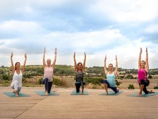 Bewegt und entspannt: Yoga für den Rücken auf Mallorca